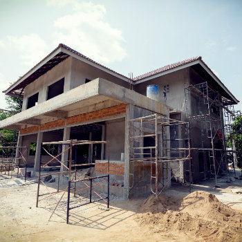 construction en béton maçon
